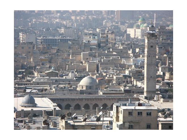 4 Omayyad_Mosque_seen_from_Citadel_Dec_2006_Aleppo