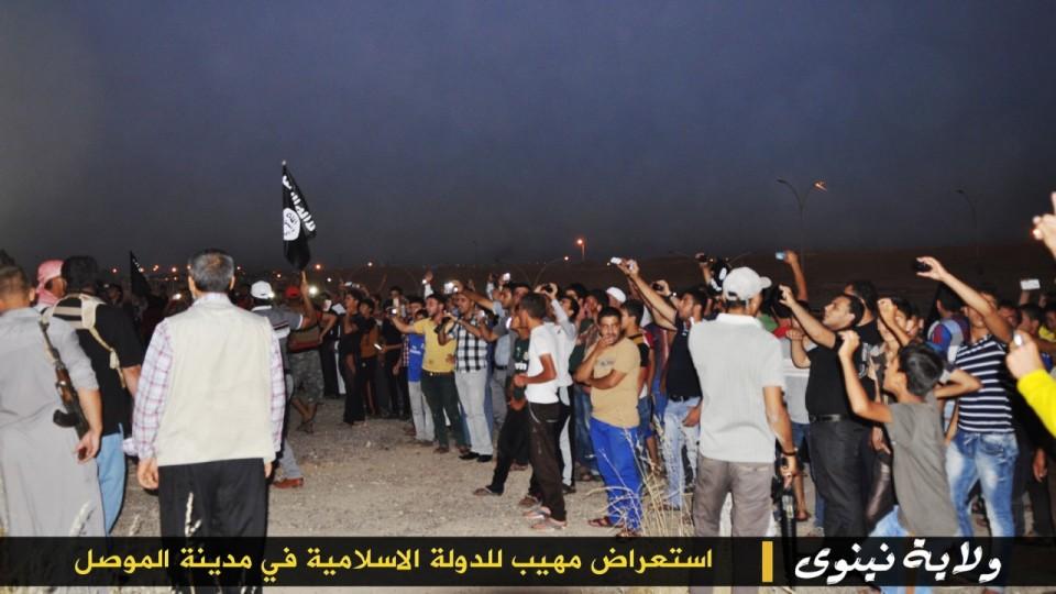 parade militer Sunni 10