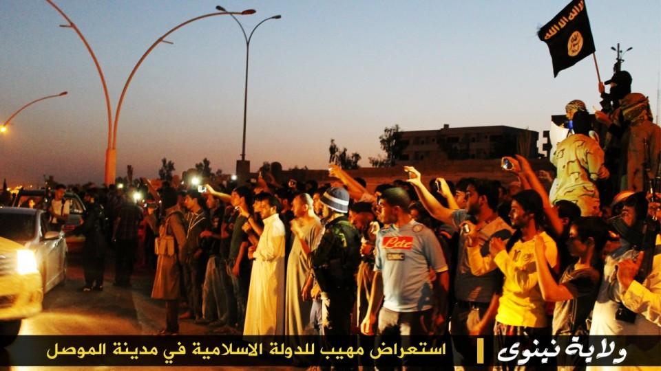 parade militer Sunni 11