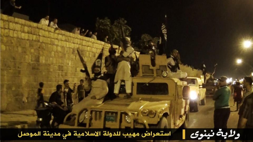 parade militer Sunni 13