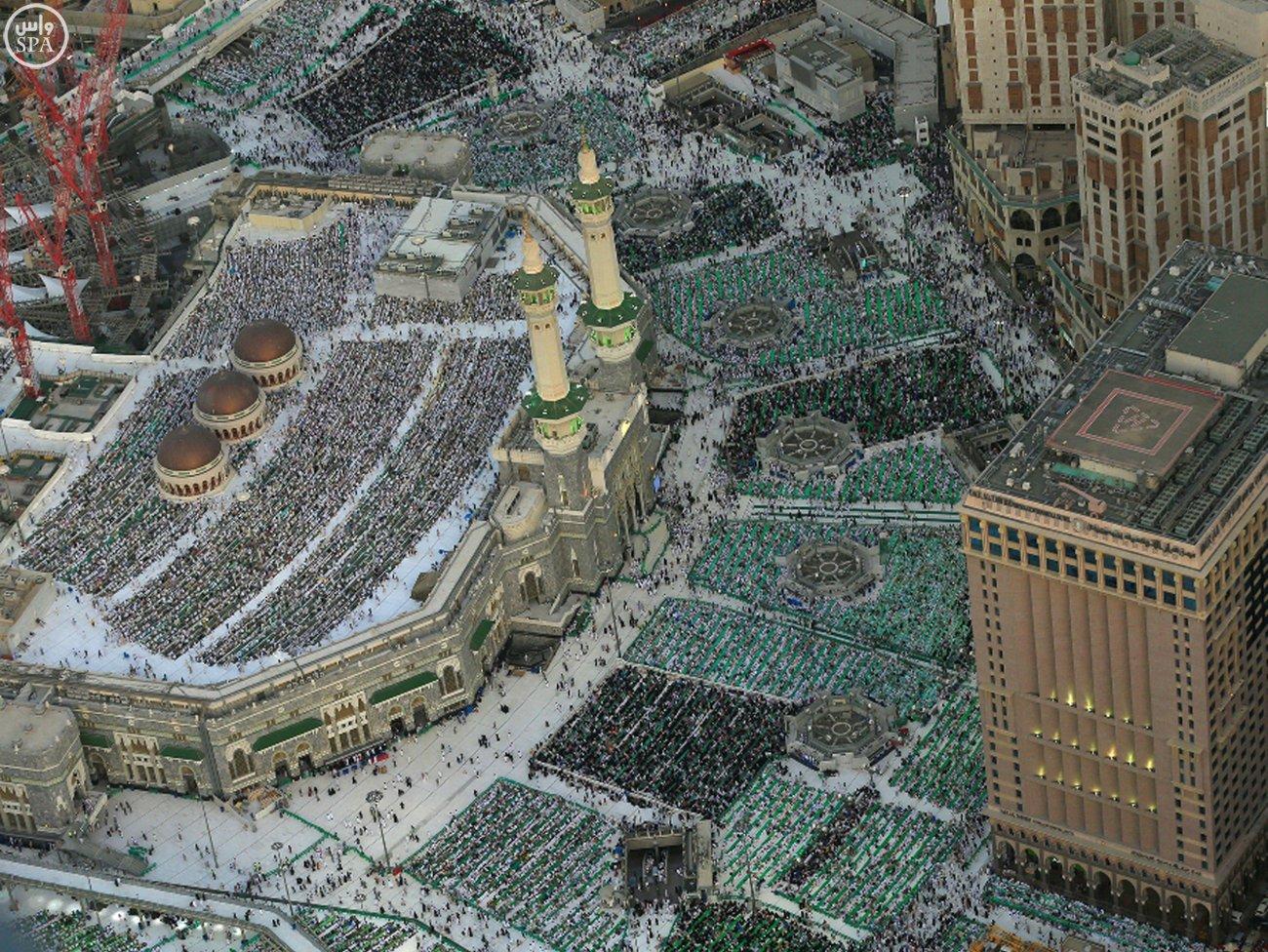 Masjidil Haram di malam ke 27 - suasana dari atas