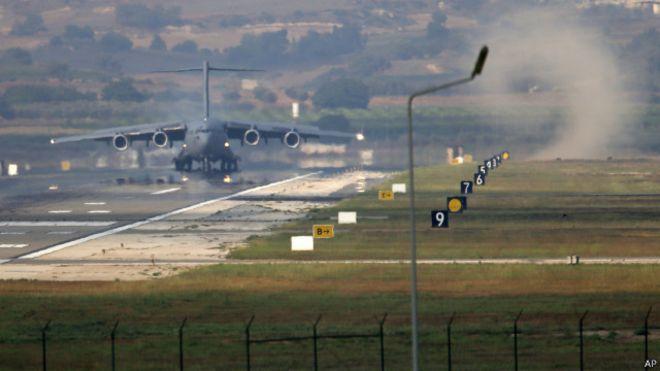 pesawat kargo AS