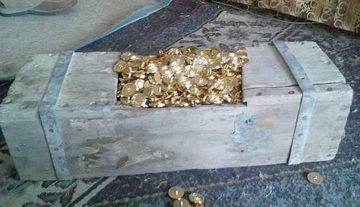 Kepingan emas 1