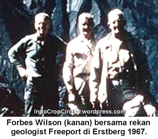 forbes-wilson-kanan-bersama-anggota-geologist-freeport-di-erstberg-1967-zoomed